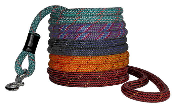 Crafted_American_Mountain_Dog_Leashes