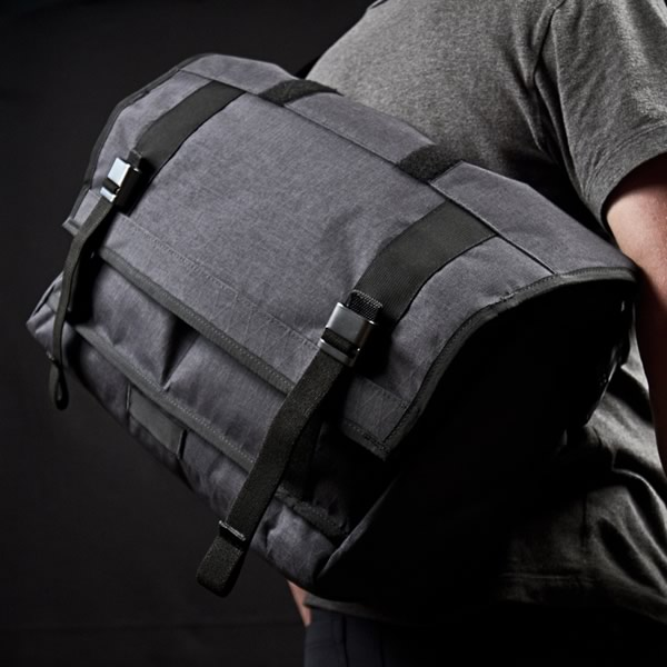Crafted_American_Mission_Workshop_vx-messenger-bag-33