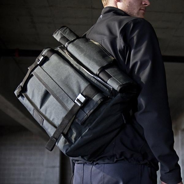 Crafted_American_Mission_Workshop_vx-messenger-bag-5