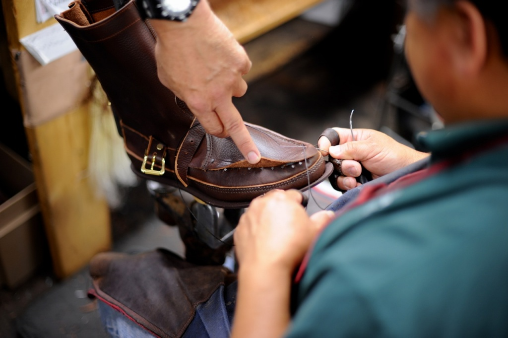 Crafted_American_Russell-Moccasin-Horween-12