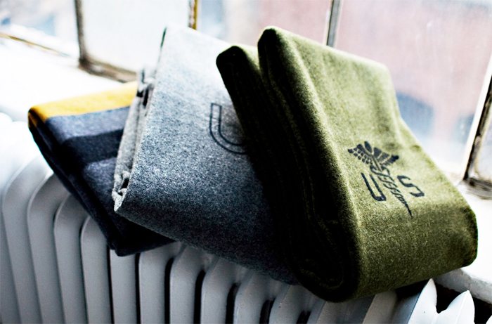 Crafted_American_Crafted_American_Foot-Soldier-Military-Wool-Blanket---US-Navy-Gray-