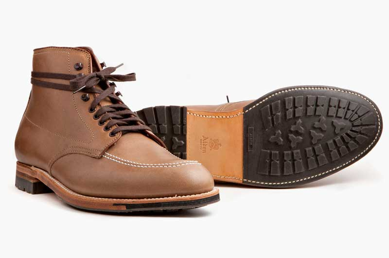Crafted_American_Alden_Chukka_Indy_Boots_Leffot_Natural_Horween_Chromexcel_Main_1